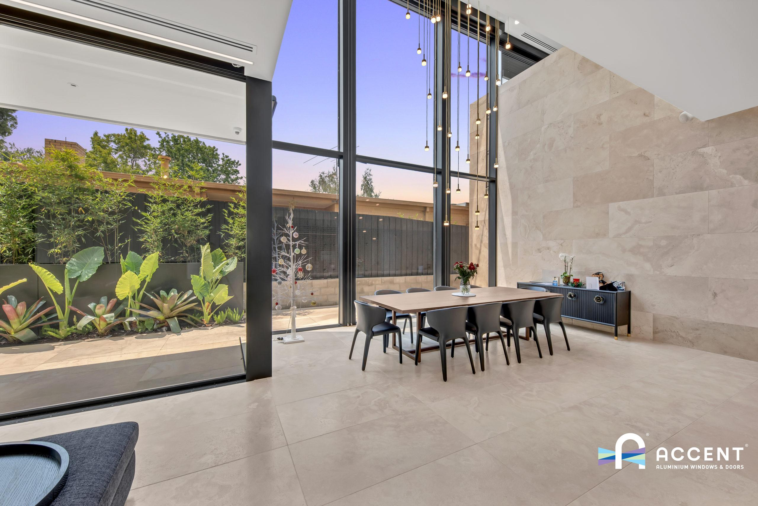 The Impact Of Curtain Wall Windows on Your Interior